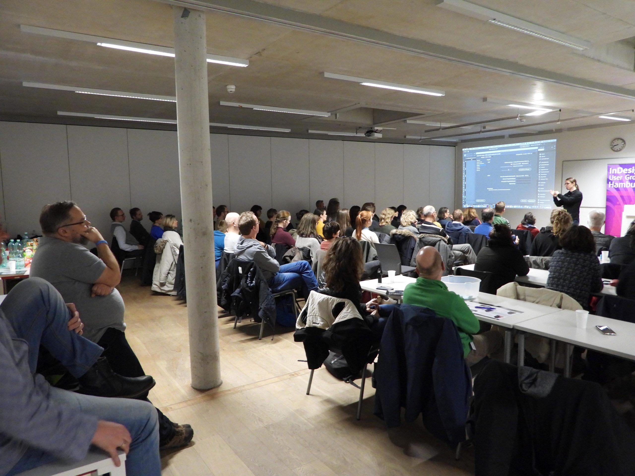 Ronny Willfahrt als Referent beim Meeting 31 der InDesign User Group Hamburg vor Publikum