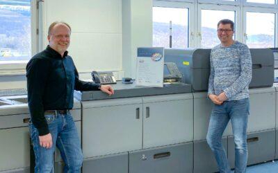 Das COLOR+ Team stellt sein Plus auch in Sachen Digitaldruck-Qualität unter Beweis